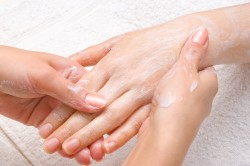 Крем для рук после аппаратного маникюра
