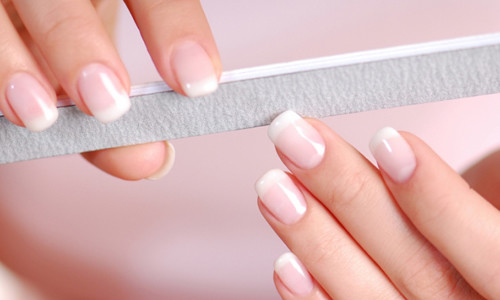 Необрезной маникюр ногтей
