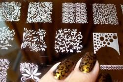 Стемпинг с кружевом для ногтей