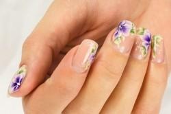 Акриловый лак для ногтей