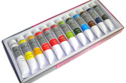 Яркие акриловые краски для маникюра