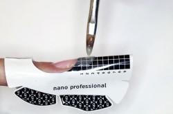 Наращивание гелем по бумажной форме