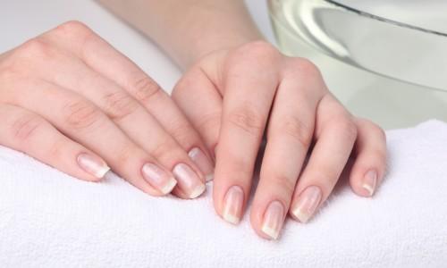 Естественный маникюр на натуральных ногтях