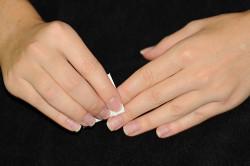 Обезжиривание ногтевой пластины