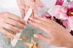 Подготовка ногтей к кракелюрному маникюру