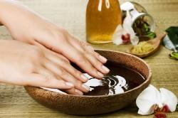 Ванночки с эфирными маслами для ногтей