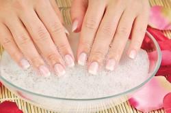 Водяная баня для ногтей