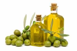 Польза оливкового масла для ногтей