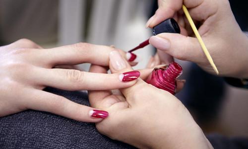 Самодельный лак для ногтей