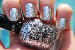 Ногти с серебряными блестками