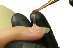 Процесс голевого наращивания ногтей