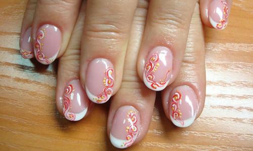 Ногти круглой формы с росписью