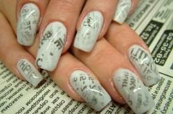Дизайн ногтей с помощью декупажа