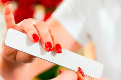 Подпиливание ногтей перед маникюром